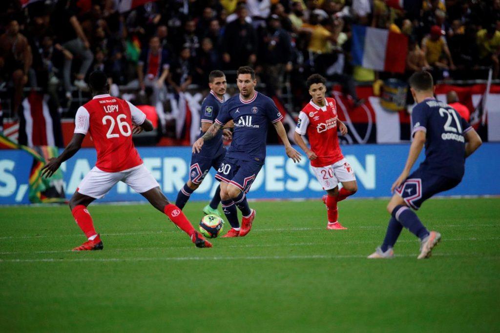 मेस्सीको डेब्यू खेलमा एम्बाप्पेले गरे गोल